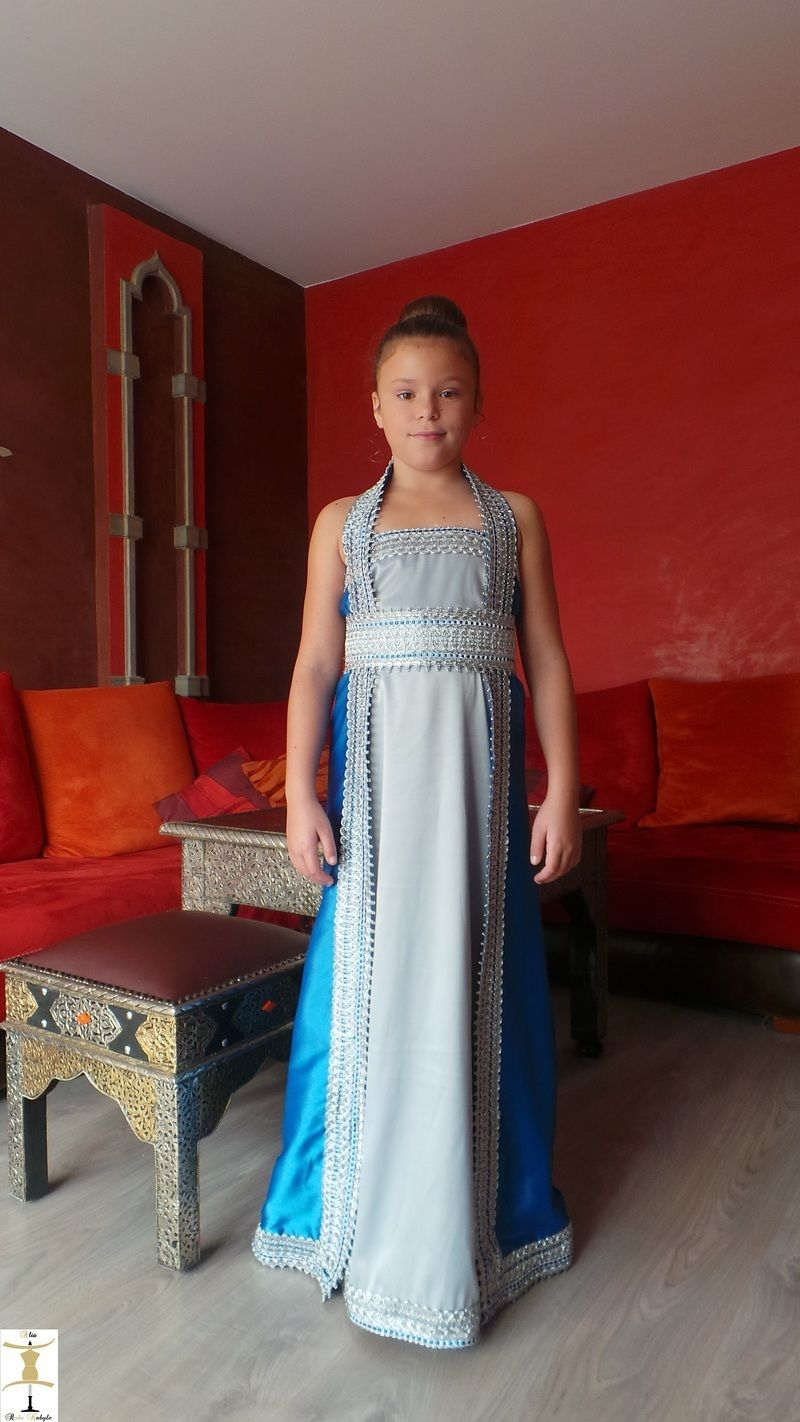 location,de,robe,kabyle,modele,nelia01a